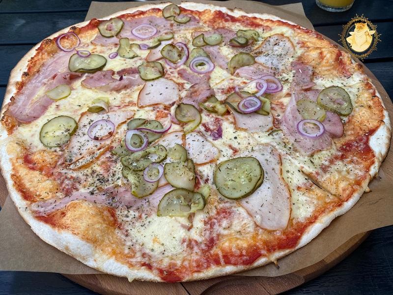 Didelė gardžioji pica -7,50 eur.